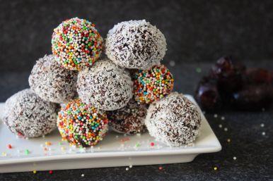 festive date chocolate balls